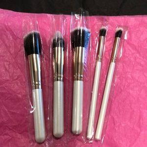 Other - 5pk Makeup Brush Set